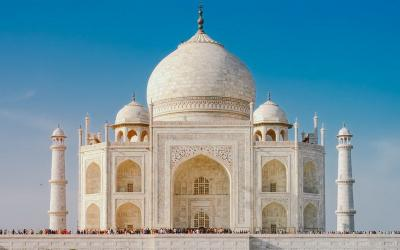 Terlalu Lama di Taj Mahal, Wisatawan Bakal Didenda