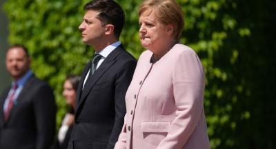 Ini Bukan Pertama Kali Angela Merkel Kejang-kejang
