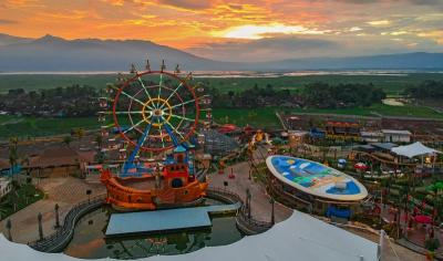 Saloka Theme Park Pikat Pengunjung dengan Hadirkan Via Valen