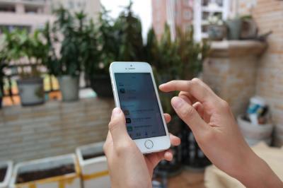 Viral Video Ustadz di Pesantren Hancurkan HP Santri, Ini Faktanya!