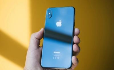 iPhone 2020 Akan Hadir dengan Poni Lebih Kecil?