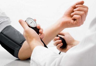 Makin Banyak Masyarakat Indonesia Kena Hipertensi, Pesan Makanan di Ojek Online Jadi Penyebab?