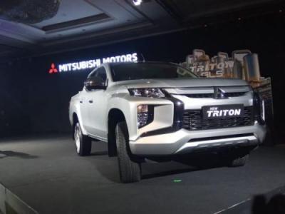 Mitsubishi New Triton Pukau Pengunjung GIIAS 2019 dengan Ubahan