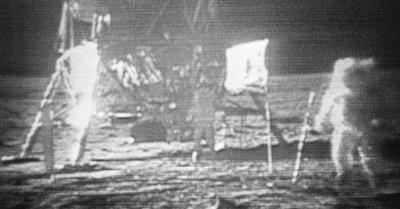 Video Asli Pendaratan Manusia di Bulan Dilelang Rp35,9 Miliar