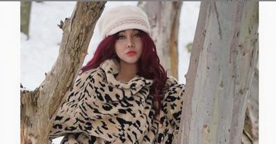 Lucinta Luna Ajak Abash Berguling di Salju, Netizen: Identitasnya Terbongkar