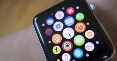 Apple Watch Series 5 Gunakan Layar OLED, Kapan Meluncur?