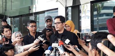 KPK Eksekusi 2 Mantan Pejabat Kemenag Penyuap Romahurmuziy