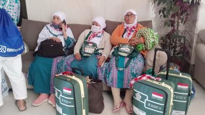 Kloter Embarkasi Surabaya Awali Kedatangan Jamaah Haji Gelombang II