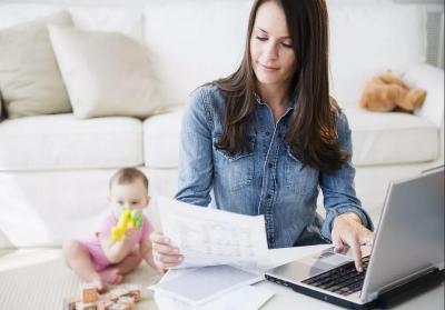 Wanita Bekerja, Lakukan 5 Tips Ini agar Kehidupan Karier dan Keluarga Seimbang
