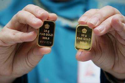 Emas Antam Kembali Turun Rp4.000 per Gram, Cek Daftar Harganya