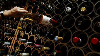 Produsen Anggur Prancis Gelisah Akan Ancaman Tarif Dagang AS