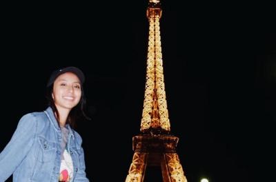 Syuting Film Anak Garuda di Perancis, Clairine Clay Bawa 50 Saset Sambal
