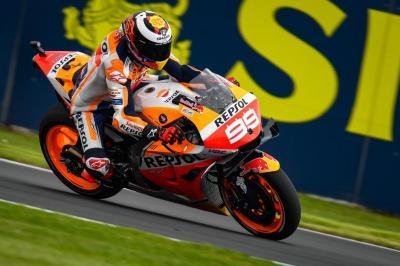 Lorenzo Pasrah Raih Posisi Paling Buncit di Hari Pertama MotoGP Inggris 2019
