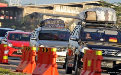 Melakukan Perjalanan Libur Weekend, Begini Mengatur Kapasitas Nyaman Penumpang di Mobil