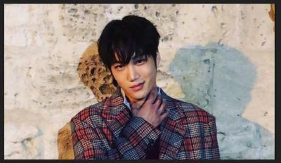 Stylish dan Tampan, Kai EXO Resmi Jadi Model Gucci Pertama dari Korea