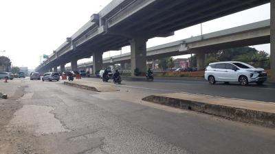 Wali Kota Jaktim Minta Trotoar di Tengah Jalan Kalimalang Dibongkar