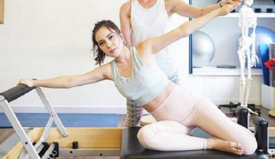 Shandy Aulia Hobi Pilates saat Hamil, Apa Kata Dokter Kandungan?
