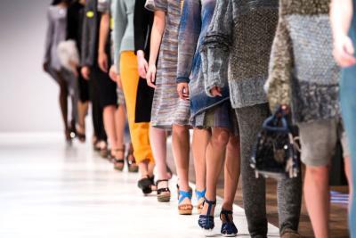 Cerita Tuty Adib, Desainer Iriana Jokowi yang Tembus New York Fashion Week