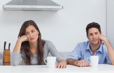 5 Pasangan Zodiak yang Hubungannya Membosankan, Kamu Termasuk?