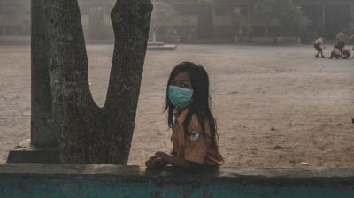 Pakar Kesehatan: Kualitas Udara 'Sangat Berbahaya' Akibat Asap Karhutla