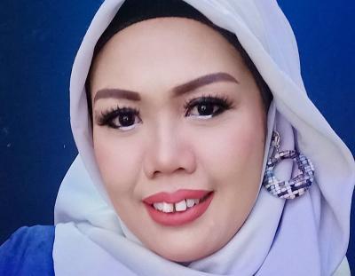 Berhijab, Elly Sugigi Akui Sulit Kikis Imej 'Artis Settingan'
