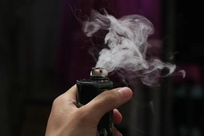 Vape dan Jull Bisa Gantikan Rokok? Ini Faktanya