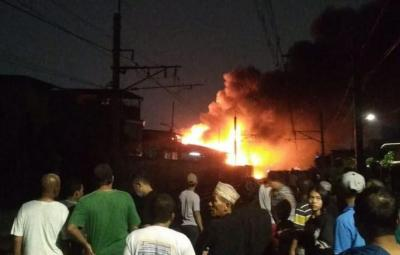 Kebakaran di Kedoya Padam, Total 50 Rumah Hangus Terbakar