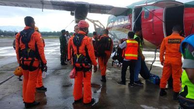 Cari Korban, Tim SAR Diterjunkan ke Lokasi Jatuhnya Pesawat Twin Otter
