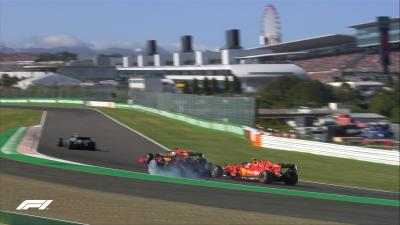 Verstappen Salahkan Leclerc atas Insiden di Awal F1 GP Jepang 2019