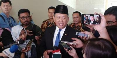 Ketua MPR: Rapat Gabungan Memutuskan Pelantikan Presiden Pukul 14.30