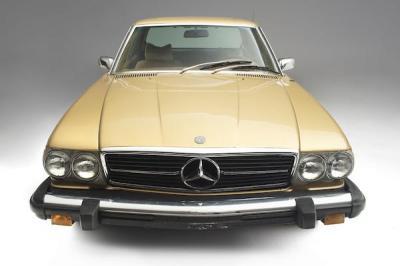Rogoh Kocek Dalam untuk Miliki Mercedes Benz Milik Mendiang Elvis Presley