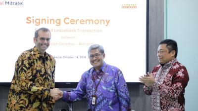 Indosat Ooredoo Jual 3.100 Tower ke Mitratel dan Protelindo