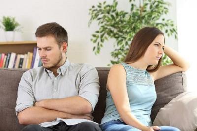 6 Zodiak yang Ngambekan dalam Hubungan, Ada Pacarmu Tidak?
