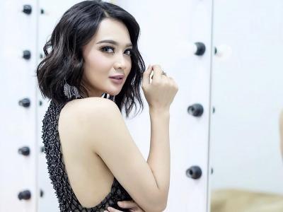 Potret Seksi Wika Salim, Tatapan Matanya Enggak Kuat!