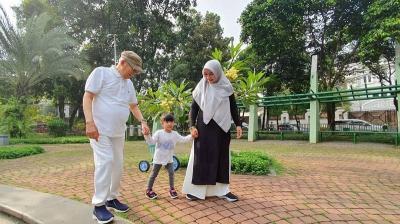 Tampilan Keren Ma'ruf Amin Selain Pakai Sarung, Jiwa Mudanya Terpancar!