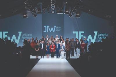 JFW 2020, Desainer Muda Korea Selatan Tampilkan Modern Art x Street Fashion