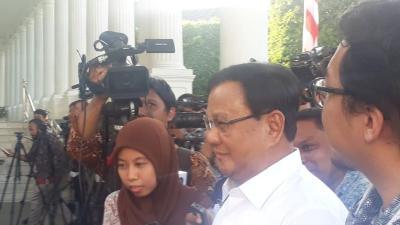 PKS Hormati Keputusan Prabowo Jadi Menteri Jokowi