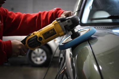 Perlukah Mobil Dibersihkan Ketika Telah Dipasangai Lapisan Pelindung Cat?