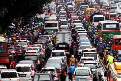 Kemacetan Menjadi Penentu Naiknya Bea Balik Nama Kendaraan