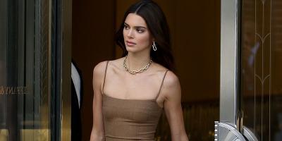 Intip Tampilan Kendall Jenner dalam Balutan Dress Mini Ketat, Seksi Abis!