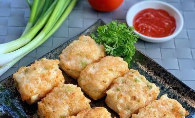 Makan Siang Pakai Sayur Lodeh dan Tahu Bakso Udang Goreng, Nikmat Betul!