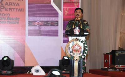 Panglima TNI Tutup Gebyar Karya Pertiwi & Military Attache Spouses Culture 2019