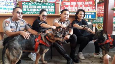 Deteksi Bahan Peledak, Polres Jakpus Andalkan 2 Ekor Anjing Jenis German Shepard