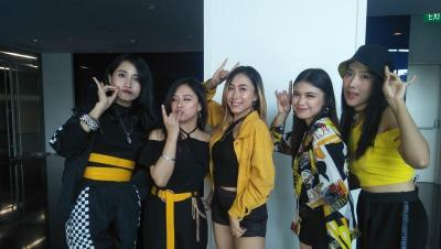 Foxy Rose Panaskan Final Metube K-Pop Dance Cover Competition