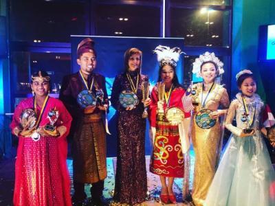 Pelajar Asal Bekasi Maria Puspita Sinaga Juarai Kompetisi Menyanyi di Swedia