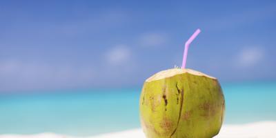 Tak Hanya Segar, Ini 7 Manfaat Air Kelapa untuk Kesehatan