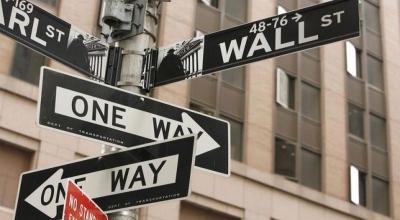 Wall Street Ditutup Melemah Imbas Anjloknya Saham Apple