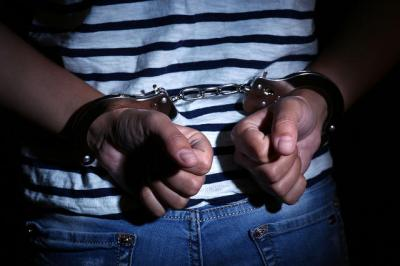 Kesal Ditegur, Pria di Ciracas Jaktim Bacok Tetangganya Pakai Celurit