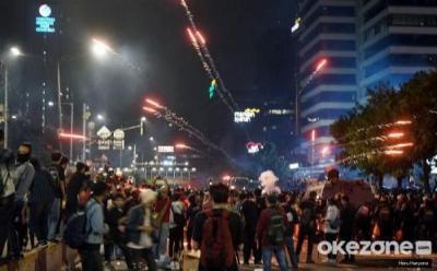 Polisi Amankan Sejumlah Orang dalam Kericuhan di Sarinah