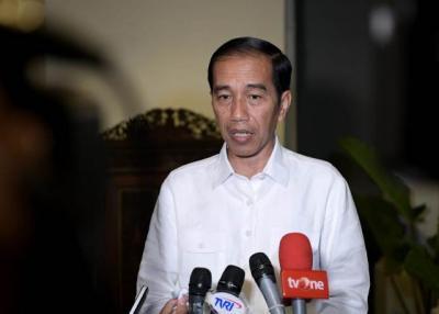 Jokowi Bantah Bangun Dinasti Terkait Gibran dan Bobby Maju Pilkada